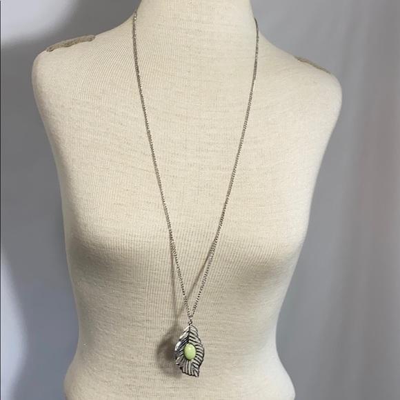 New Paparazzi mint pendant earring necklace set